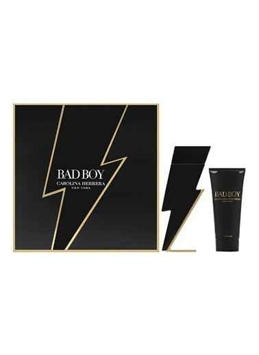 Carolina Herrera Bad Boy Edt 100 Ml + Shower Gel 100 Ml Renksiz